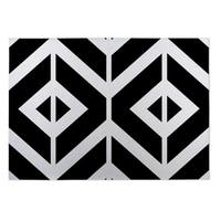 Kavka Designs Black/ White Montilla 2' x 3' Indoor/ Outdoor Floor Mat