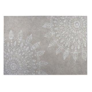 Kavka Designs White/ Grey Pinwheel Heena 2' x 3' Indoor/ Outdoor Floor Mat