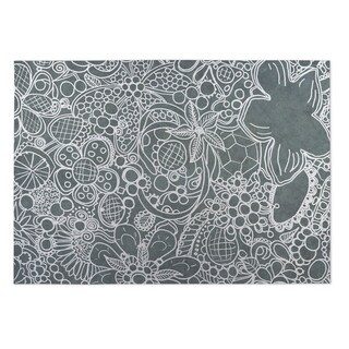 Kavka Designs White/ Grey Expressions 2' x 3' Indoor/ Outdoor Floor Mat