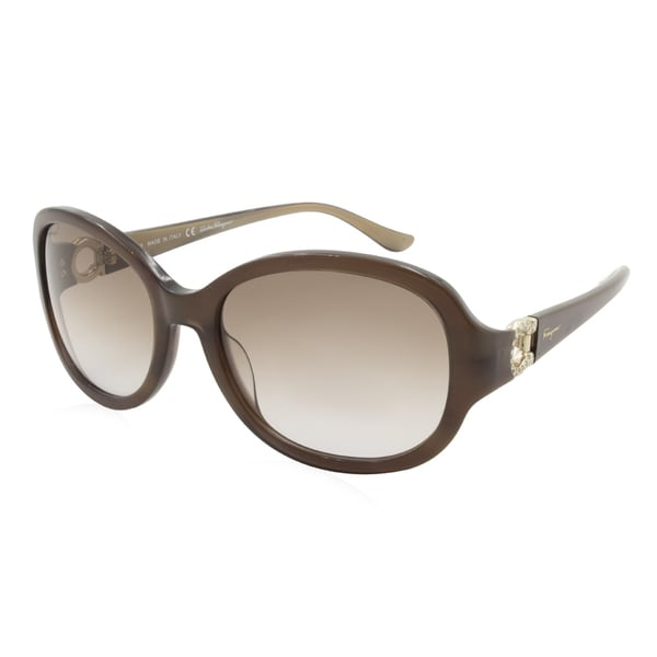 9ba2151113914 Shop Women s Ferragamo Sunglasses - SF703SR   Frame  Pearl Brown Lens   Brown Gradient - Free Shipping Today - Overstock - 17016795