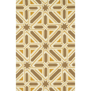 Indoor/ Outdoor Hand-hooked Geometric Taupe/ Gold Rug - 5' x 7'6""
