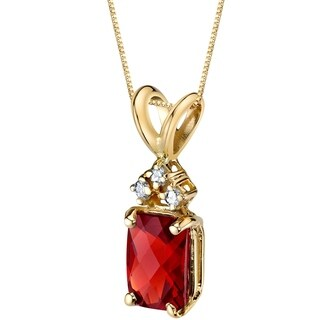 Oravo 14 Karat Yellow Gold Radiant Cut 1.00 Carats Garnet Diamond Pendant - Silver