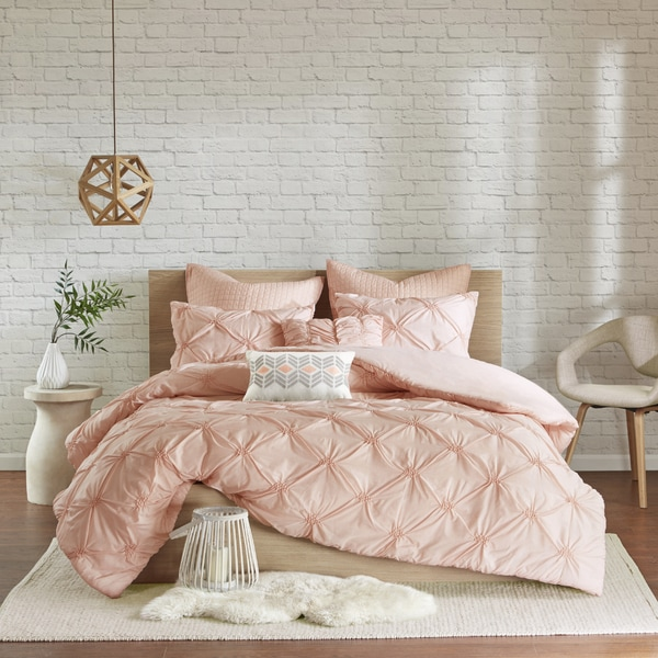 Shop Urban Habitat Callie Pink Embroidered 7 Piece Duvet