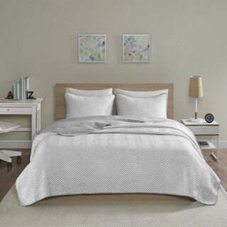 Intelligent Design Keya Grey Jersey Knit Printed 3-piece Quilt Set