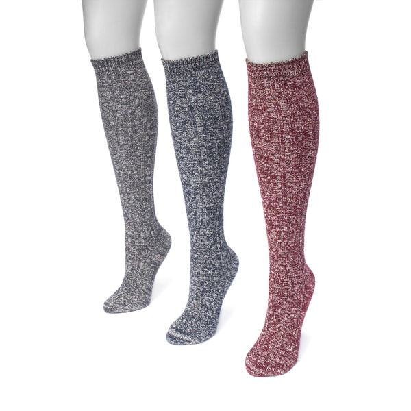 81a082e1d Shop MUK LUKS® Women's 3 Pair Pack Cable Knee High Socks - Free Shipping On  Orders Over $45 - Overstock - 17033740