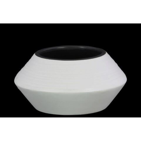 UTC45727 Ceramic Round SM Vase Coated Finish White