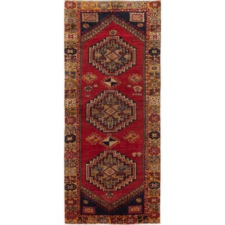 eCarpetGallery Red Wool Hand-knotted Caucasus Shirvan Rug - 4'x9'3