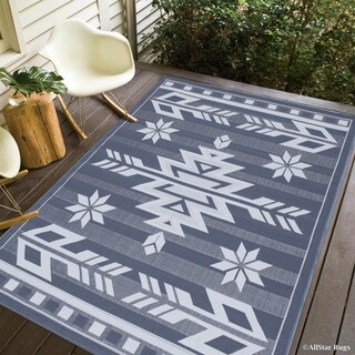 "Allstar Grey/ Ivory Indoor Outdoor Lodge Arrow Rug (7' 10"" X 10' 2"")"