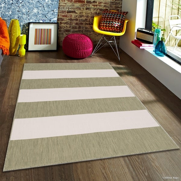 "Allstar Sage Green/ Ivory Indoor Outdoor With Pattern Rug (7' 10"" X 10' 2"")"
