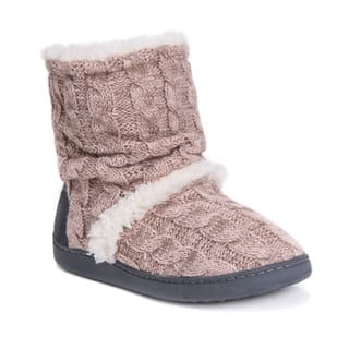 MUK LUKS® Women's Holly Slippers|https://ak1.ostkcdn.com/images/products/17093835/P23365059.jpg?impolicy=medium