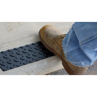 "Pro-Series Adhesive Rubber Step Cover (17"" x 4"") (Set of 12)"