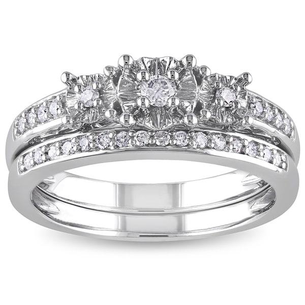 Miadora 10k White Gold 1/4ct TDW Diamond 3-Stone Bridal Ring Set