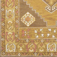 Inez Traditional Southwestern Yellow Area Rug (9' x 12')