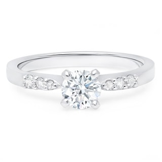 LeZari & Co. 0.65ct TDW with a 0.55ct Round Center Diamond, classic graduated, Pave, petite delicate engagement ring(G-H, I2-I3)