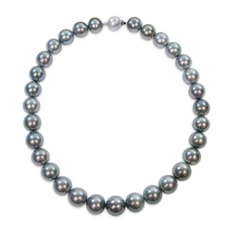 Miadora Signature Collection 14k White Gold Graduated Black Tahitian Pearl Necklace with Diamond Ball Clasp (13-15 mm)