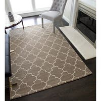 Rochelle Hand-Tufted Wool Lattice Rug (5'0 x 8'0) - 5-ft 0-in x 8-ft 0-in