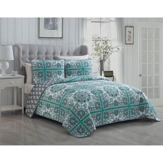 Avondale Manor Della 3-piece Quilt Set (2 options available)