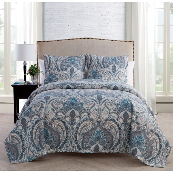VCNY Home Layla 3-piece Reversible Quilt