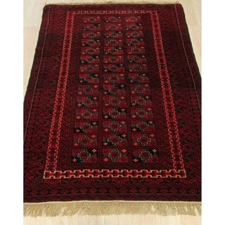 Hand-knotted Wool Red Traditional Geometric Baluchi Rug (3' 3 x 4' 3)