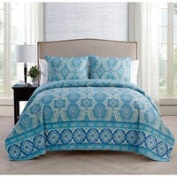 VCNY Home Oriana 3-piece Reversible Quilt Set