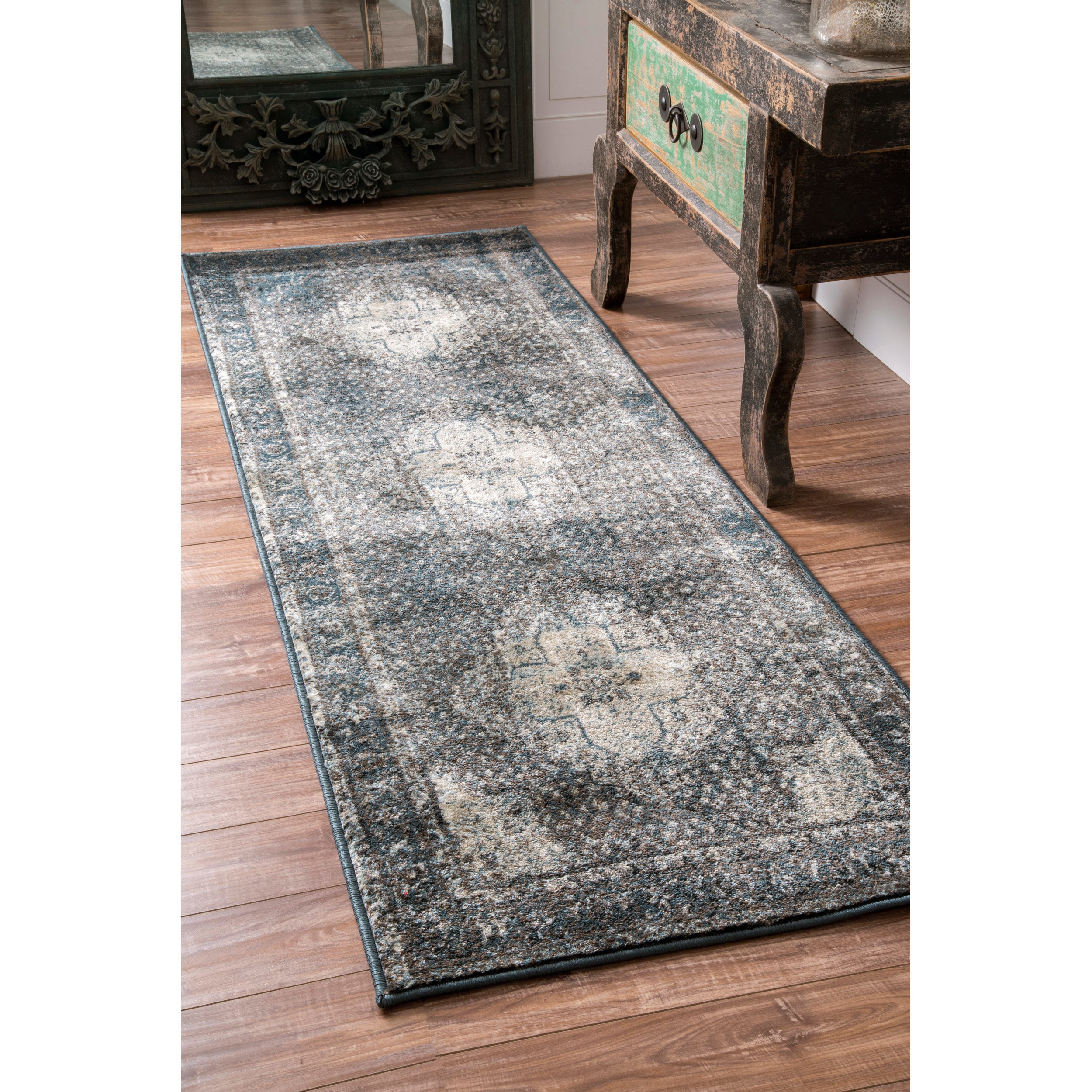 nuLOOM Traditional Vintage Fancy Medallion Blue Runner Rug (2'8 x 12')