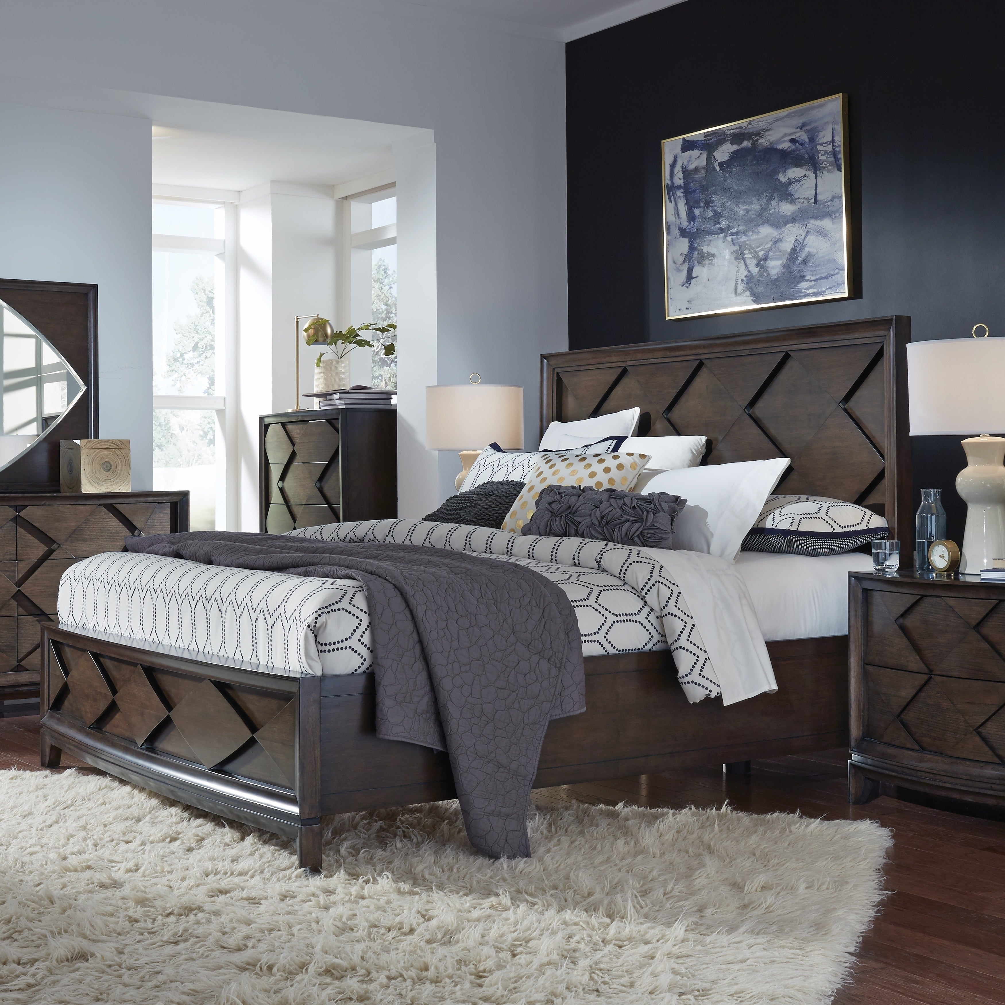 Magnussen Home Meridian Amaretto Brown Queen Panel Bed