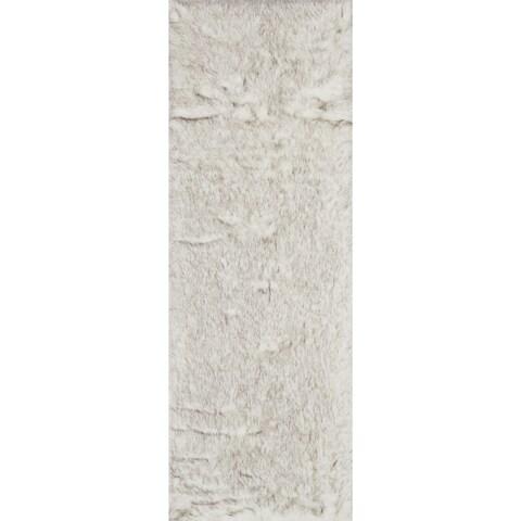 Silver Orchid Martin Faux Fur Ivory/ Grey Shag Rug - 2'6 x 7'6