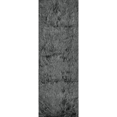 "Silver Orchid Martin Faux Fur Black/ Charcoal Shag Area Rug - 2'6"" x 7'6"""