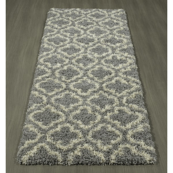 AZK Shaggy Collection Grey Polypropylene Trellis Shag Area Rug (2'7 X 7')