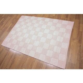 American Pink/ Blue Wool Handwoven Braided Rug - 4' x 6'