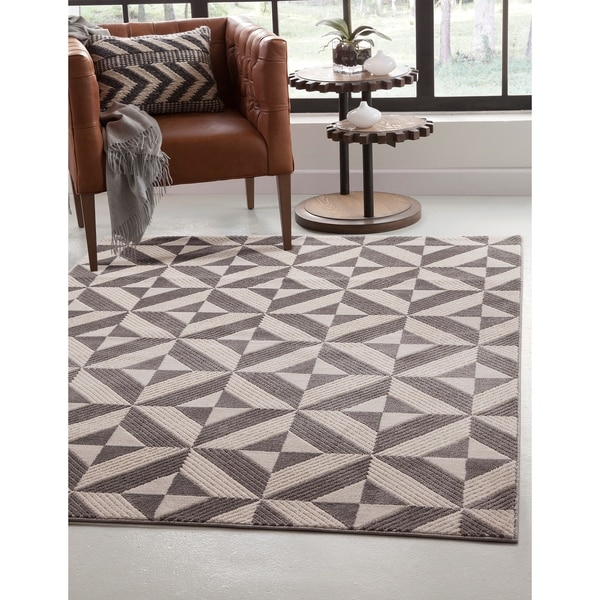 """Fisher Charcoal/Grey/Ivory Area Rug by Greyson Living - 5'3"""" x 7'9"""""""