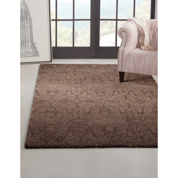 "Makia Chocolate/Med. Brown Area Rug by Greyson Living - 5'3"" x 7'9"""