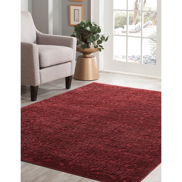 """Kira Red Area Rug by Greyson Living - 7'10"""" x 11'2"""""""