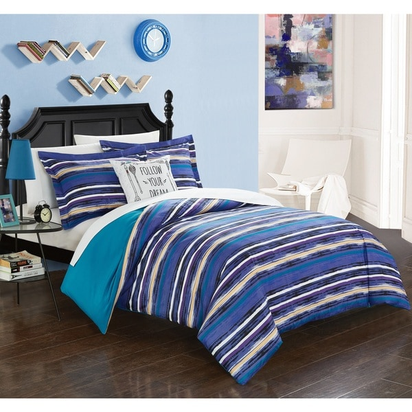 Chic Home Chona Blue Reversible 4-piece Duvet Cover Set
