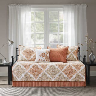 Madison Park Arista Spice 6 Pieces Printed Quilted Daybed Set|https://ak1.ostkcdn.com/images/products/17183294/P23443927.jpg?impolicy=medium