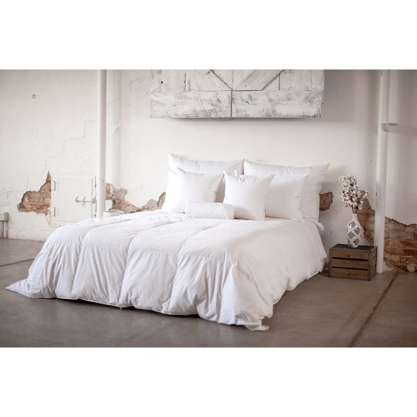 Hypoallergenic Eco-Friendly 700 Fill Power Warm Hypodown Comforter