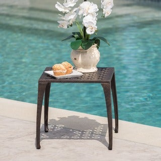Kai Outdoor 18-inch Square Aluminum Side Table by Christopher Knight Home