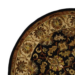 Safavieh Handmade Heritage Traditional Kashan Black/ Beige Wool Rug (8' Round)