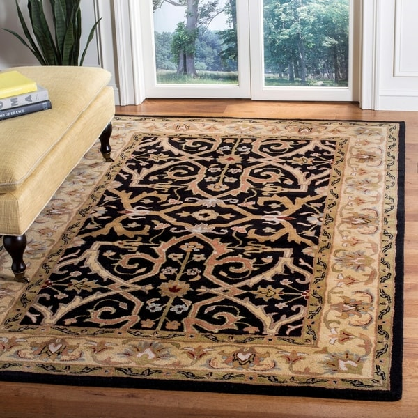 Safavieh Handmade Heritage Timeless Traditional Charcoal Grey/ Ivory Wool Rug - 5' x 8'