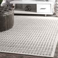 nuLOOM Ivory Polypropylene Contemporary Geometric Raised Textured Dotted-line Rug (7'6 x 9'6)