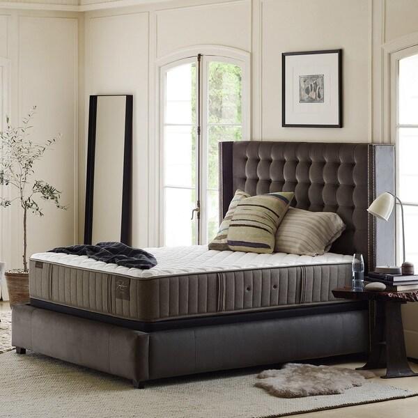 Stearns & Foster Oak Terrace 15-inch Luxury Plush Full-size Mattress Set