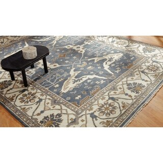 Umbria Slate Grey/Ivory Wool Hand-knotted Rug (10' x 14') - 10' x 14'