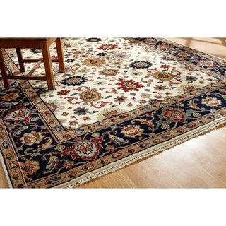 Umbria Ivory/ Navy Wool Hand-knotted Rug (8' x 10') - 8' x 10'