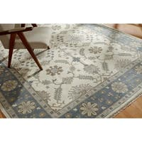Umbria Ivory/Blue Wool Hand-knotted Rug (9' x 12')