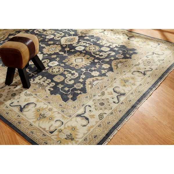 Shop Umbria Charcoal Ivory Wool Hand Knotted Rug 10 X 14
