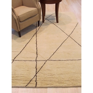 EORC Hand-knotted Transitional Trellis Moroccan Ivory Wool Rug (5'x8')
