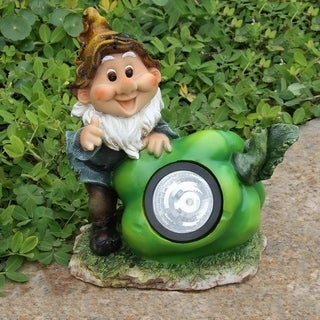 SINTECHNO SNF13007-2 Cute Gnome Sculpture with Green Pepper Solar Light
