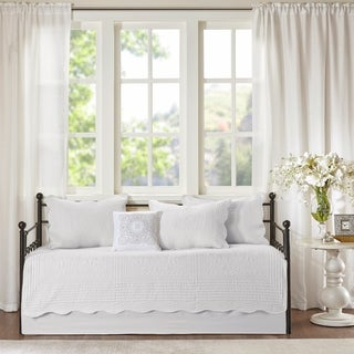 Madison Park Venice White 6 Pieces Quilted Daybed Cover Set With Scalloped Edges
