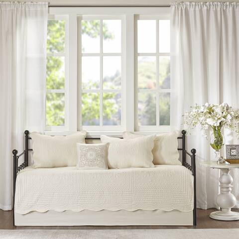 Madison Park Venice Cream 6 Pieces Quilted Daybed Cover Set With Scalloped Edges