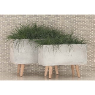 Studio 350 Fiber Clay Wood Planter Set of 2, 17 inches, 21 inches wide
